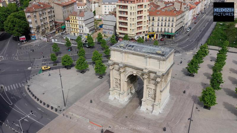Photo aérienne de la Porte d'Aix le 1er Mai-2020 à Marseille