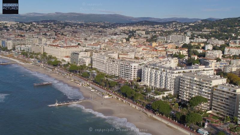 Vue aérienne de la Croissette à Cannes, prise de vue par drone © Drone-Pictures Marseille
