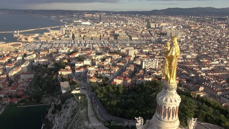 Vierge et le Vieux-Port au petit matin - NDG, Marseille