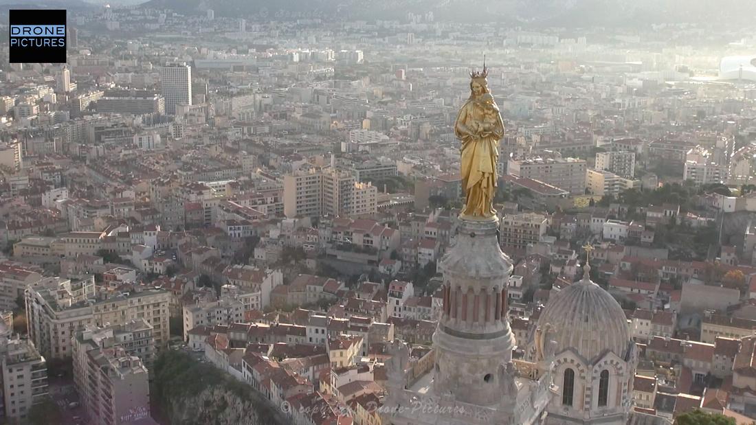 Vierge et la ville au petit matin - NDG1, Marseille