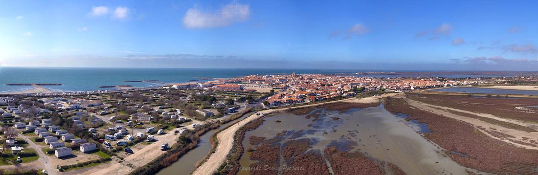 Giga-Pano aérien Saintes-Maries-de-la-mer 45mm © Drone-Pictures