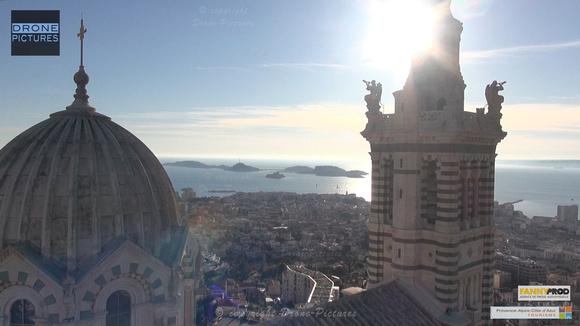Marseille par Drone Pictures - Frioul depuis Notre-dame-de-la-Garde